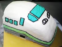 立体電車型ケーキ
